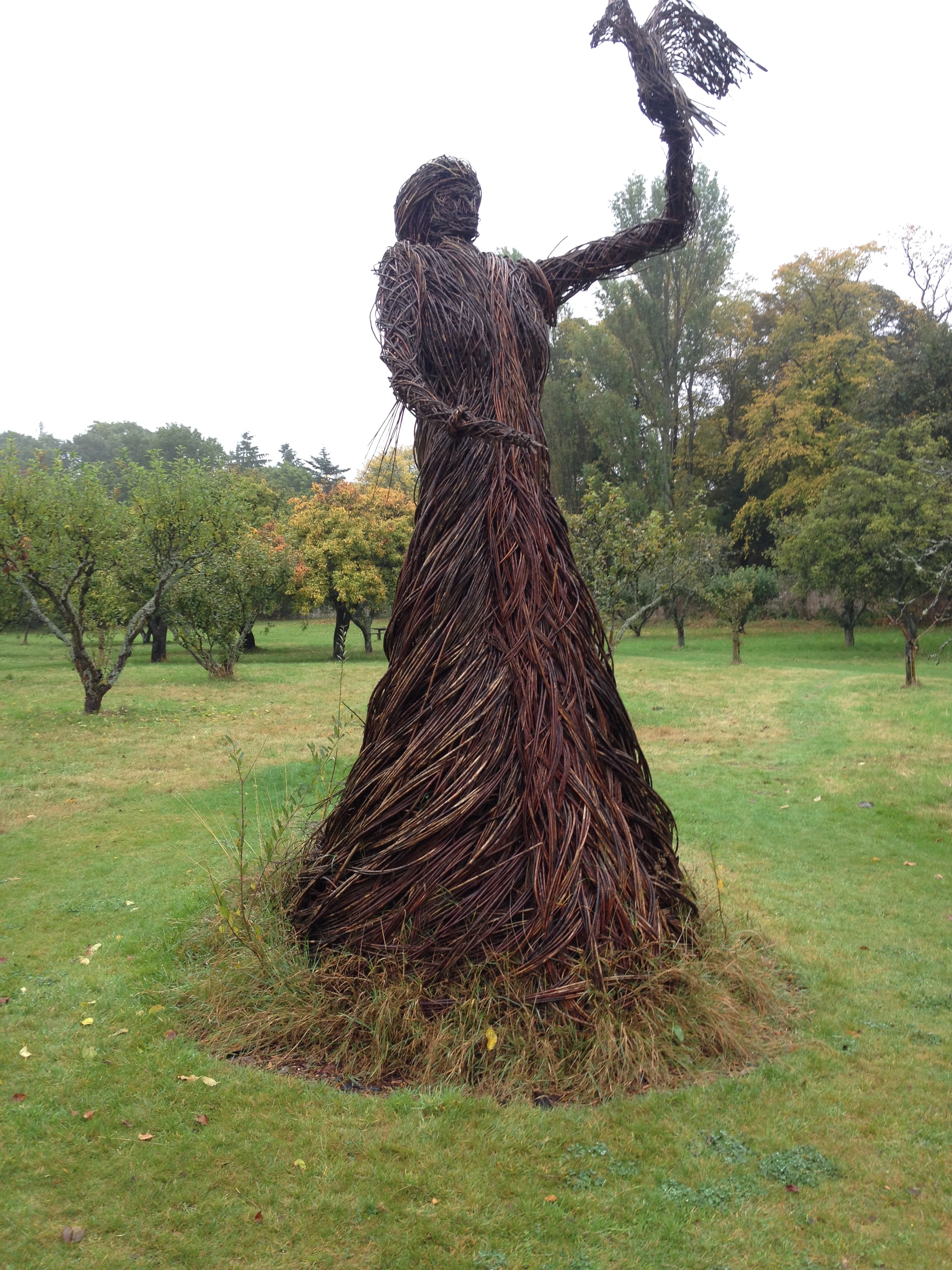 Trevor Leat's willow falconress.